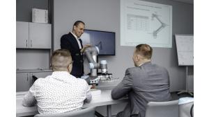 Universal Robots uruchamia Autoryzowane Centra Szkoleniowe, także w Polsce Biuro prasowe