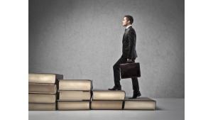 Wielostopniowa rekrutacja. Kiedy przeciąganie rekrutacji jest ryzykowne? Biuro prasowe