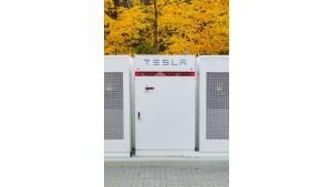 Pierwszy Powerpack Tesla w Polsce