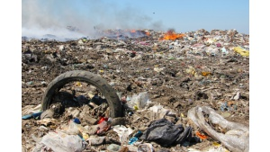 Nowym prawem w płonące odpady