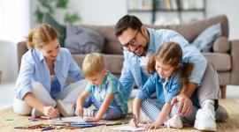 Centrum Medyczne CMP wspiera zatrudnionych rodziców podczas epidemii