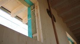Murów zamiast murów woli drewno