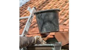 Dlaczego przegląd dachu należy powierzyć profesjonalistom?