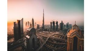 Ekspansja SentiOne. Polski startup wchodzi do Zjednoczonych Emiratów Arabskich
