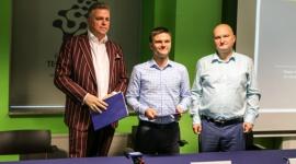 Nowy członek projektu JoinBertus – UTI.PL podpisuje umowę w Kieleckim Parku Tech