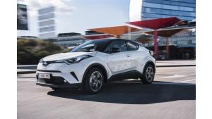 Hybrydowe hity 2018 roku: Toyota i Lexus absolutnymi liderami rynku