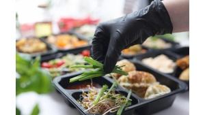 Chcemy jeść zdrowiej, mamy mniej czasu. Rozwiązaniem diety pudełkowe?