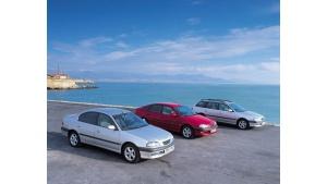 Toyota Avensis - flagowe auto flotowe Toyoty ma już 20 lat