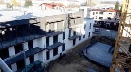 Enklawa Winogrady z kolejnymi postępami na budowie