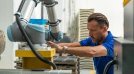 AQUAEL rozpoczął proces automatyzacji z robotami współpracującymi Biuro prasowe