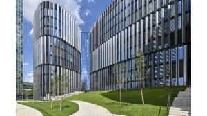 Najbardziej ekologiczny biurowiec w Czechach z fasadą z polskimi szybami Biuro prasowe