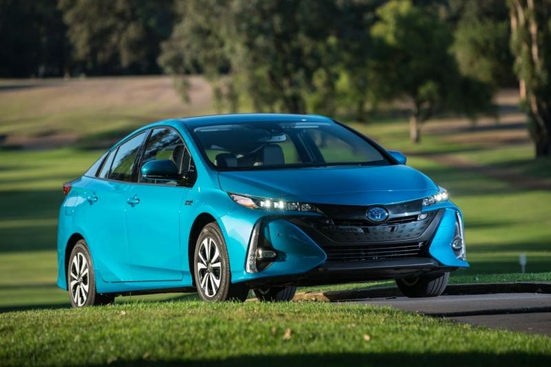 W Prestiżowym Konkursie Kelley Blue Book Toyota Prius Prime Europie Znana Pod Nazwą Plug In Hybrid Otrzymała Nagrodę Dla Najlepszego Samochodu Do