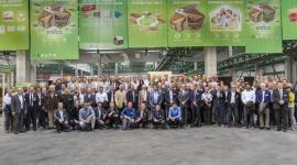 Klienci z całego świata przyjechali do nowej fabryki STEICO Biuro prasowe