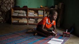 Od 2017 r. na skutek konfliktów potroiła się liczba zamkniętych szkół w Afryce