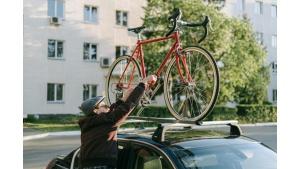 Auto i rower w wynajmie - Arval wprowadza ofertę 6 Wheels