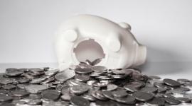 Obniżenie wynagrodzenia w czasie pandemii – co z dalszą spłatą zadłużeń?