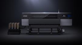 Firma Epson przedstawia SC-F10000: drukarkę sublimacyjną do zastosowań przemysło