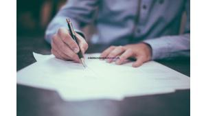 Aneks do umowy kredytowej - ile kosztuje? Biuro prasowe