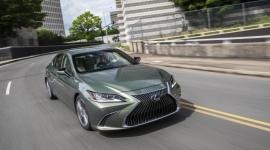 Globalny ranking sprzedaży sedanów segmentu E premium. Lexus ES w czołówce