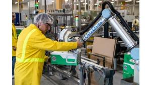 6 robotów współpracujących Universal Robots wspiera Unilever w Katowicach Biuro prasowe