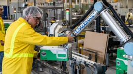 6 robotów współpracujących Universal Robots wspiera Unilever w Katowicach