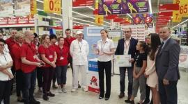 Fundacja Auchan na rzecz młodzieży przekazała czek SOS Wioskom Dziecięcem