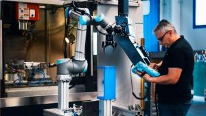 Przedsiębiorcy planują inwestować w robotyzację – wyniki badania polskich MŚP