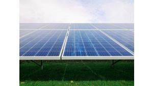 Energia ze Słońca pomoże ustabilizować opłaty za prąd w firmie